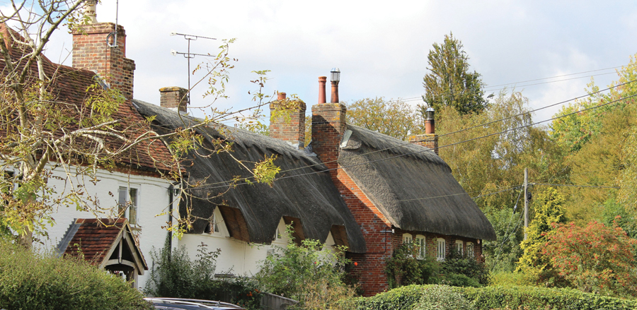 Thatch, Known For Being Cool In Summer And Warm In Winter, Has Been Used As  A Roofing Material For Centuries. The Thatch Advice Centre Was Set Up As An  ...