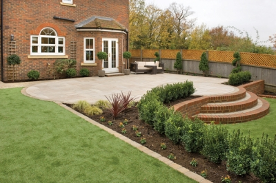 Enhanced natural stone range at heart of Brett Landscaping's new gardens & drives offering